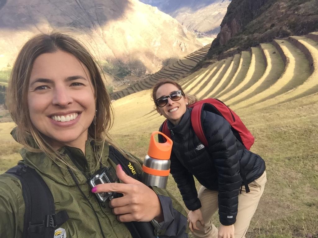 Patricia Mattos e Jaqueline Sessa no Complexo arqueológico de Pisac