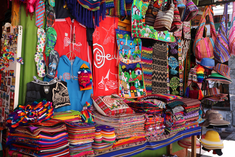 Compras em Machu Picchu Pueblo