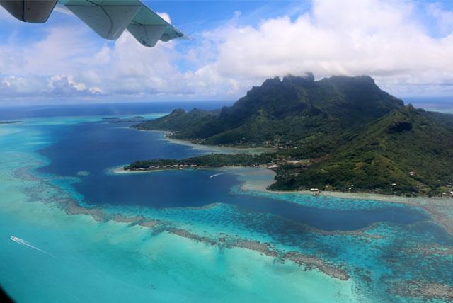 sobrevoo sobre a Polinésia Francesa