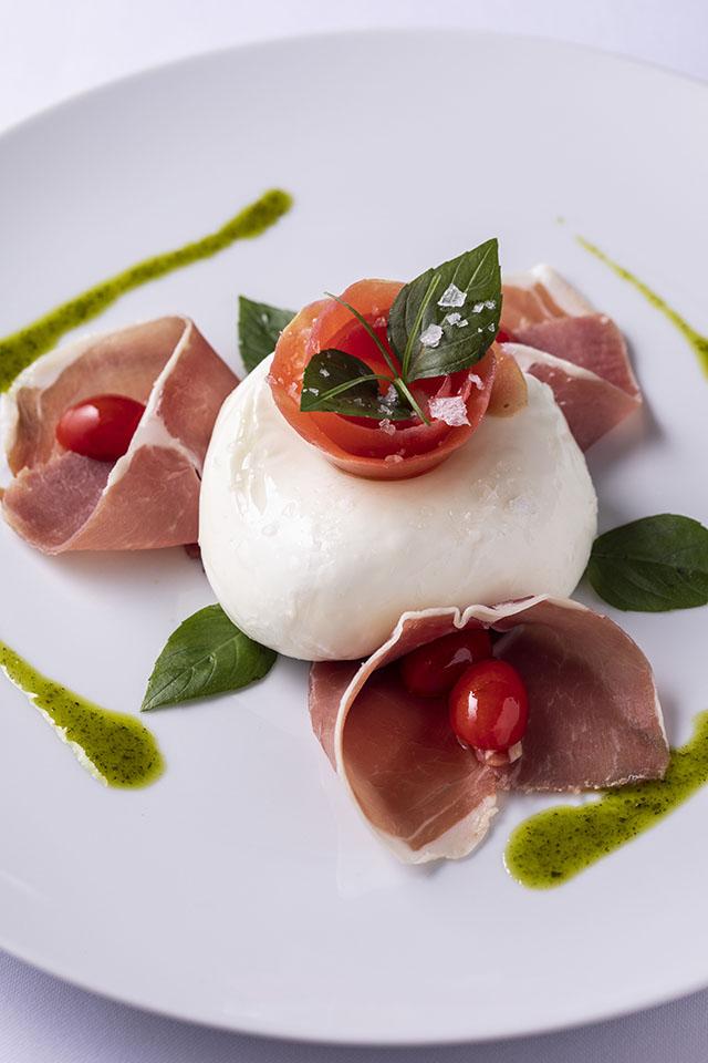 Cantaloup_Burrata com presunto de Parma e tomate_5469_Ricardo Dangelo
